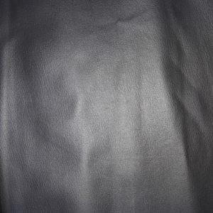 Кожа 99/02 черная 140 см